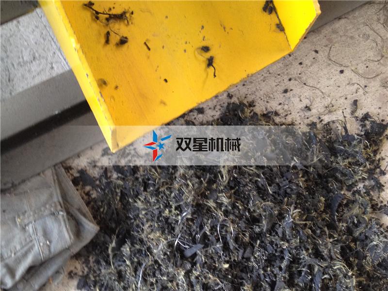 橡胶破碎机钢丝分离设备试机发货
