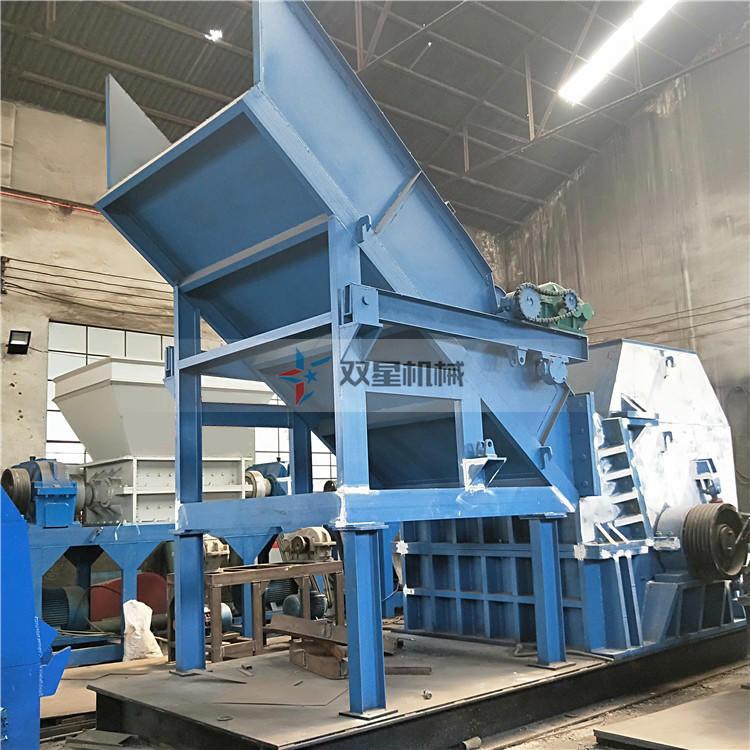 废钢破碎机设备客户生产现场