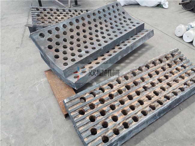 废钢破碎机反击衬板结构实拍